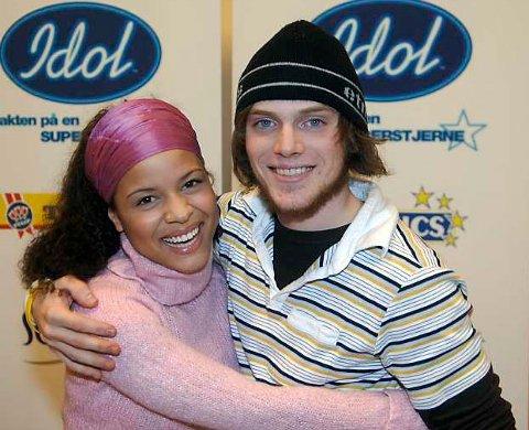 Idol-håpene Ørjan Hatlevik (21) og Christine Valencia (23) fra Bergen. (10.02.2006)