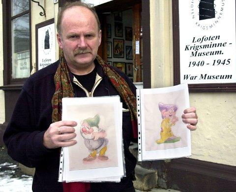 Her er to av bildene som lå i rammen Hakvaag kjøpte på nettet.