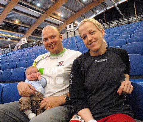 Tenker på sønnen: Heidi Løkes eks-samboer Leif Gautestad (t.v.) kan stoppe strekspillerens overgang til ungarske Györ.