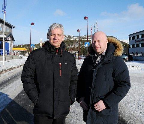 Enige. Ordfører Rolf Steffensen (t.v. fra Hamarøy og kollega Tor Asgeir Johansen fra Tysfjord ønsker begge et felles lensmannskontor for Steigen, Hamarøy og Tysfjords vestside på Innhavet. Det motsetter Steigen seg sterkt.