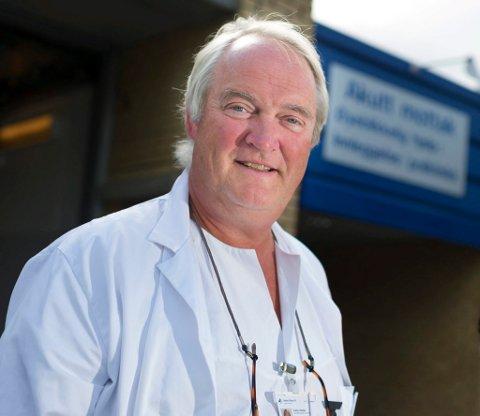 Poole ble regnet som en foregangsmann på akuttmedisin, og var ansett som en kapasitet på området, også på landsbasis.