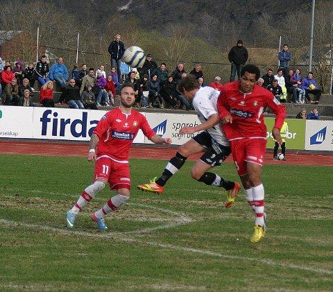 NY rolle: Rene Elshaug (t.h.) fikk prøve seg som keeper i søndagens kamp mot Lillestrøm 2.