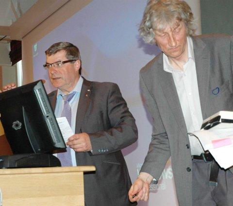 Hammerfest-ordfører Alf E. Jakobsen (til venstre) er den som kan smile bredest av tiltakssonens fordeler, mener Norut-direktør Svein Eikeland.