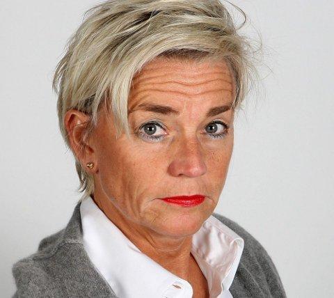 NEKTER SKYLD: Rektorens forsvarer, Gunhild Lærum, sier han tar siktelsene svært tungt, og at han nekter straffskyld.