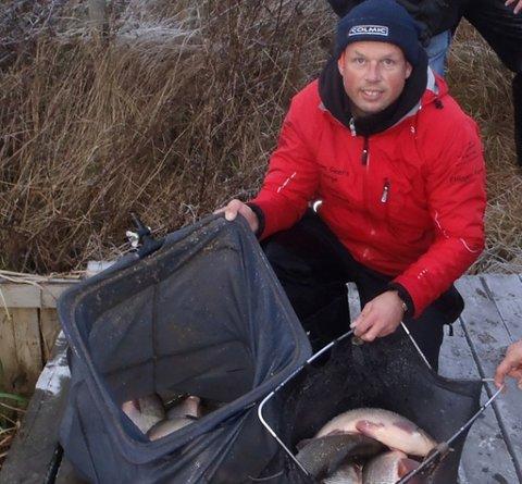 Tommy Strengelsrud tok en klar førsteplass med over 88 kilo fisk i årets siste stevne. Foto: Raufjøringen.no