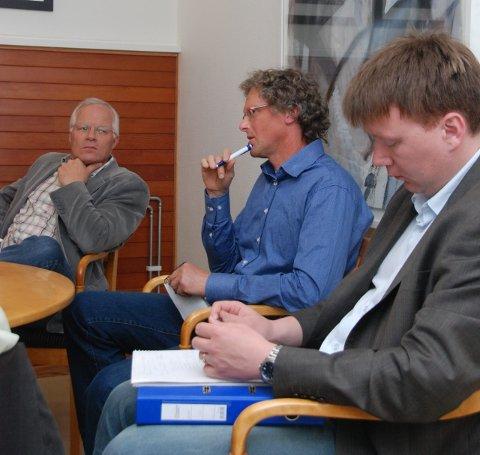 Kjell H. Haugen, Knut Henning Thygesen og arealplanlegger fra Bauer prosjekt, Kristian Hofstad.