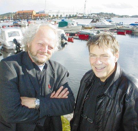 Erling Okkenhaug fra Allgrønn og arkitekt Dagfinn Eckhoff fra Planark håper utviklerne  og Risør  tar tiden til hjelp når Flisvika og etter hvert Holmen skal formes for fremtiden.