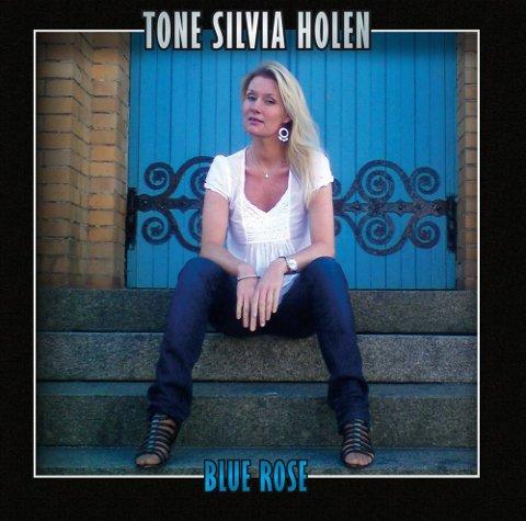 TONE SILVIA HOLEN: «Blue Rose» (Northern Tone) 10 spor, spilletid: 38.31   Terningkast 5