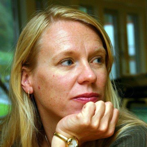 VIL REKONSTRUERE: Anniken Huitfeldt vil ha rekonstruert kjøkken framfor gammelt lager i riksbygningens kjeller.