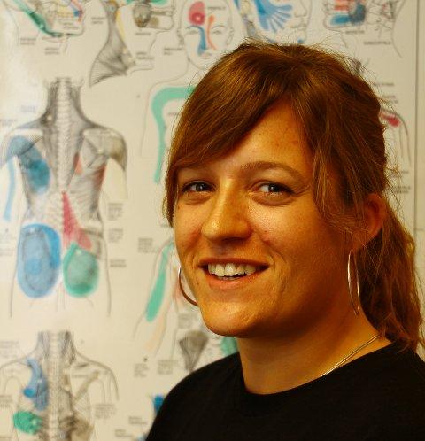 35b8618b Den nyutdannede fysioterapeuten Camilla Berg Hansen ser frem til å arbeide  i lokalene til Kjell Martinsen