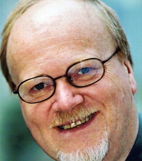 FORKLARER: Informasjonssjef Kjell Stamgård.