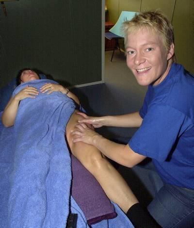 Torunn Sund-Olsen har enerett på Shape Massage i Nordland. Det er en ny massasjeteknikk som i tillegg til å få fortgang i blodsirkulasjonen får kroppen til å reduseres i omfang. De første behandlingene er ikke behagelige!