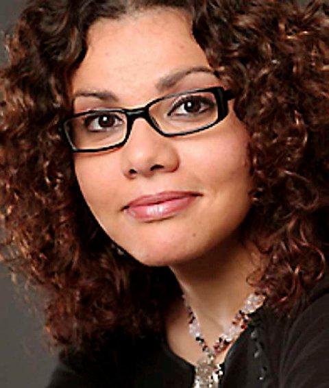 Mona Eltahawy er en prisvinnende journalist og kommentator i New York, og kjent internasjonal foreleser om arabiske og muslimske tema.