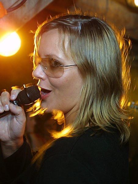 NY SJEF: Janne Linn Myren overtek som ny sjef i Florø Rockeklubbe. Foto: Dag Frøyen
