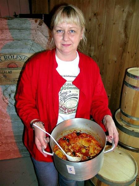 Lisbeth Lervåg vant årets bacalaokonkurranse for privatpersoner.  Jeg har ingen hemmeligheter bak oppskriften min, men oliven det må jeg ha med.
