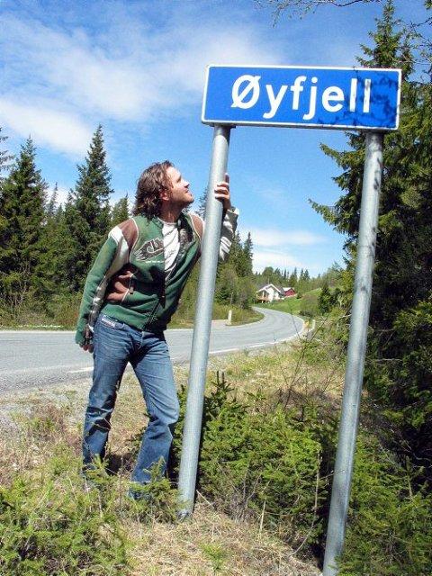 Vegårsheiingen Ole Dalen er blitt varmt motteken i Øyfjell og håpar fleire vil finne vegen til denne «gløymde» delen av Vinje.