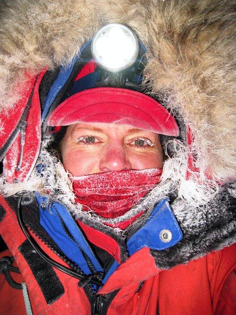 KULDE: Det gjelder å kle seg godt når det er over 40 minus.
