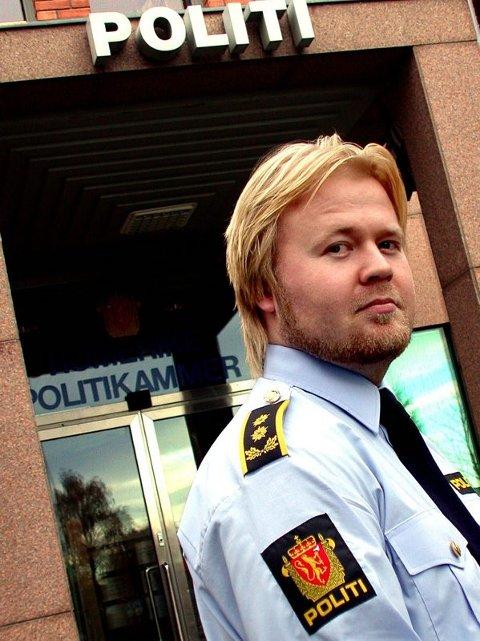 SJEKKET UT: Politiadvokat Håvar Undeland bekrefter at den utpekte kvinnen ikke har noe med bildrapet i Rælingen å gjøre. FOTO: JON THEODOR HAUGER