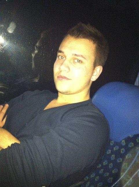 Magnus Pihlstrøm sitter på bussen på vei tilbake til Bergen i stedet for på toget på vei til Geilo.