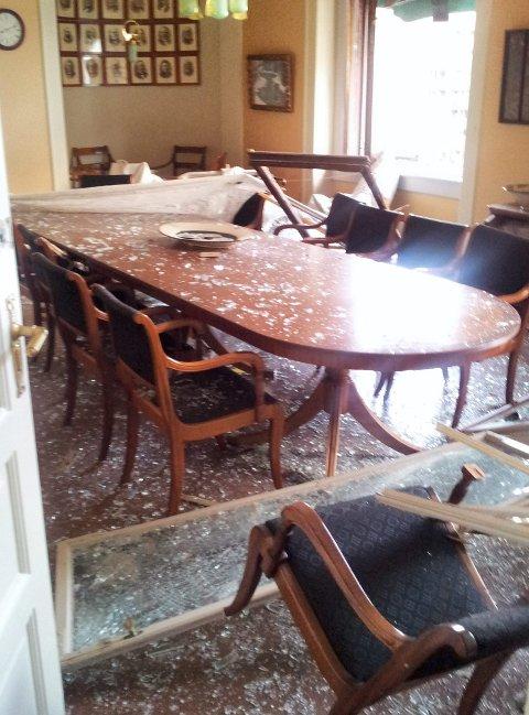 STORE ØDELEGGELSER: Avdelingen som Heidi Heggenes leder i finansdepartementet har fått store skader. Hennes eget kontor er uten dør og vinduer etter attentatet.