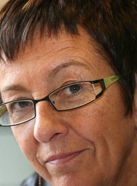 Ordførar i Flora, Bente Frøyen Steindal, er samd i kravet om nynorsk undervisningsmateriell til innvandrarar.