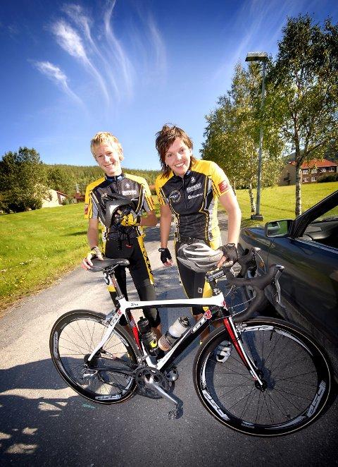 HJEMMESEIER: Mats Klaussen Aakvik og Camille Gullhav Hatlen ble begge Nordnorske mestre i sine respektive klasser