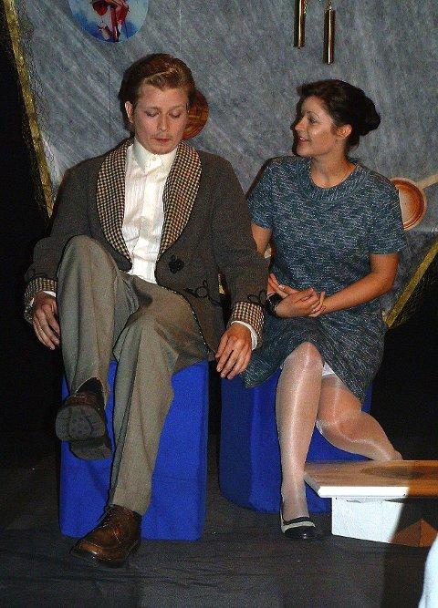 Herr og Fru Martin lurer på hvor de har sett hverandre før.
