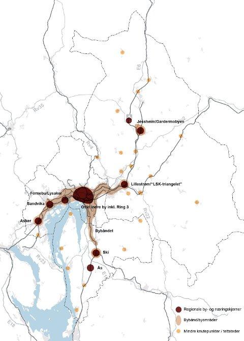 ALTERNATIV 2: Modellen viser en konsentrert utvikling av byer. Veksten konsentreres mot noen få, utvalgte steder. På Romerike vil dette i første rekke gjelde Lillestrøm og det såkalte LSK-triangelet (Lillestrøm-Strømmen-Kjeller) og Jessheim/Gardermobyen, men samtlige kommuner vil ha en viss vekst fordelt på noen få knutepunkter og steder. ? Her er veksten tenkt betjent med et kollektivsystem der jernbane og t-bane blir selve ryggraden, sier Ellen Grepperud.