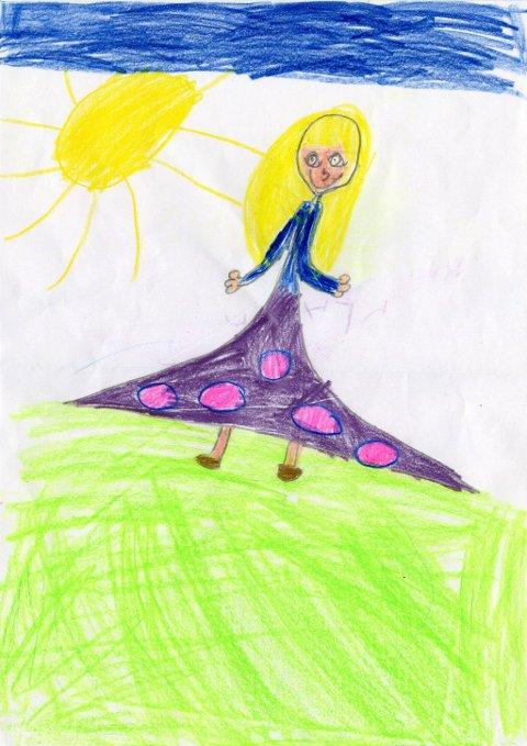 prinsesse: Sju år gamle Selma Linnea Bjørnerud fra Gjøvik har tegnet en prinsesse. Tusen takk for flott tegning, Selma Linnea!
