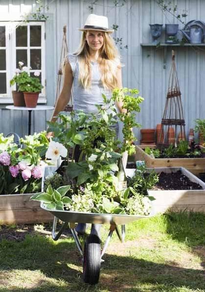 Snart er det fullt kjør i hagen, og ni av ti nordmenn har tilgang til et sted å dryke blomster og grønnsaker.