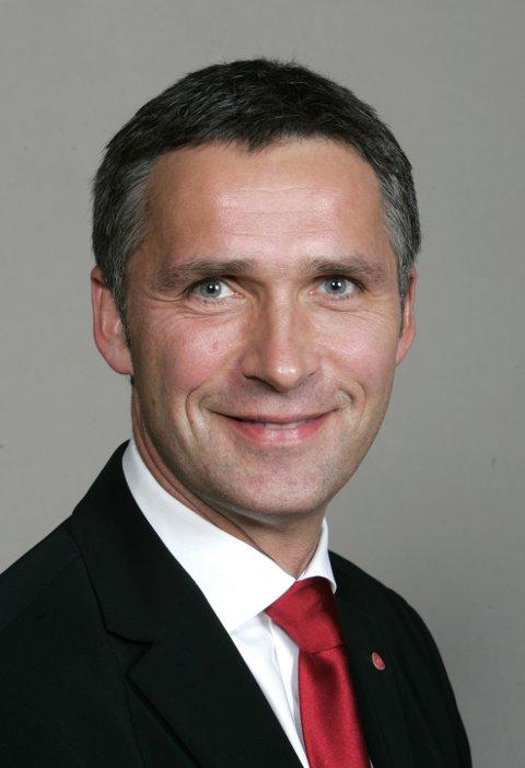 Statsminister Jens Stoltenberg er snorklyppar når Jondalstunnelen opnar 7. september.