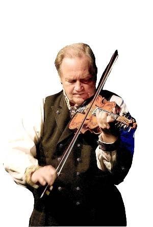 KJEM TIL KAPPLEIKEN: Meisterspelemann Hauk Buen held konsert i Gullbring i Bø fredag kveld.