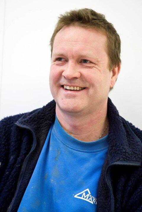 Magne Oppedal har jobbet med Ole Petter Hellesø Milde de første ukene hans i praksis og har tro på at vekslingsmodellen vil hjelpe på motivasjonen til elevene.