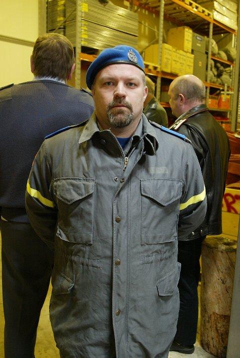 - Dei som slukka brannen gjekk loddrett i to timar med svært tungt utstyr, seier leiar for FIG Florø, Wilhelm Larsen.