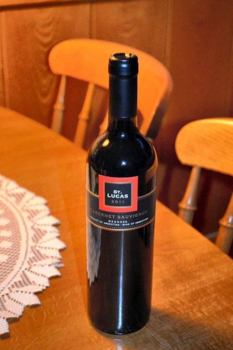 St. Luca. Rødvin