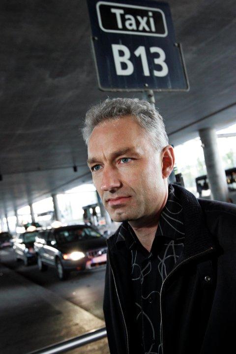 AVVISER KRITIKKEN: Daglig leder i Taxi Depot AS, Kenneth Simonsen. FOTO: GEIR EGIL SKOG