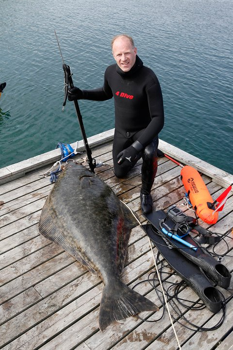 Børge Ousland har hatt fiskelykke i forbindelse med dykking.
