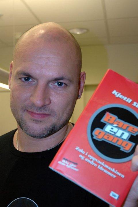 Opplysning. Kjetil Strand gir ut sin første bok, i folkeopplysningens ånd.