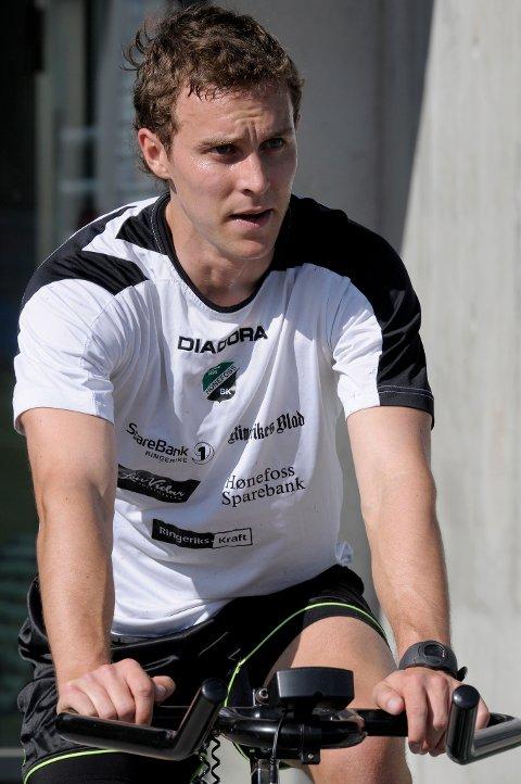 Aaron Scott (23) fra New Zealand er skadet.