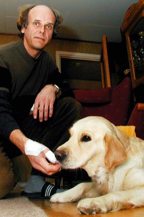 SKREMT: Knut N. Grøthe ble skremt da hunden Tilda ble bitt av en amstaff.FOTO: LARS P. HALLINGSTORP