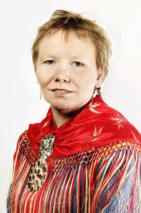 SKEPTISK: Kjersti Myrnes Balto (NSR) mener dagens samiske læremidler ikke er tilfredsstillende.