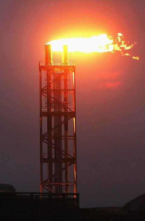 OLJE og gass: En ny bok tar for seg på hvilken måte Nord-Norge blir berørt når oljevirksomheten brer seg nordover. Illustrasjonsfoto: Torgrim Rath Olsen