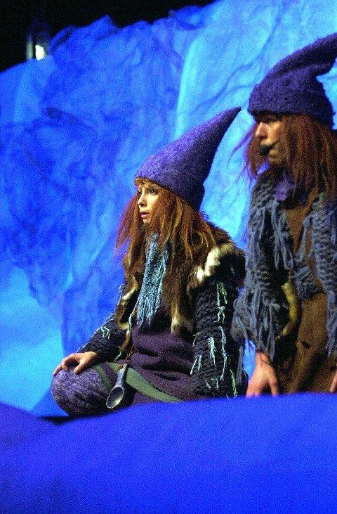 TOSTEMT: Turte (Christin Bastiansen) og Tvilling (Bernard Arnø) lekte seg i Kongsvingerhallen.