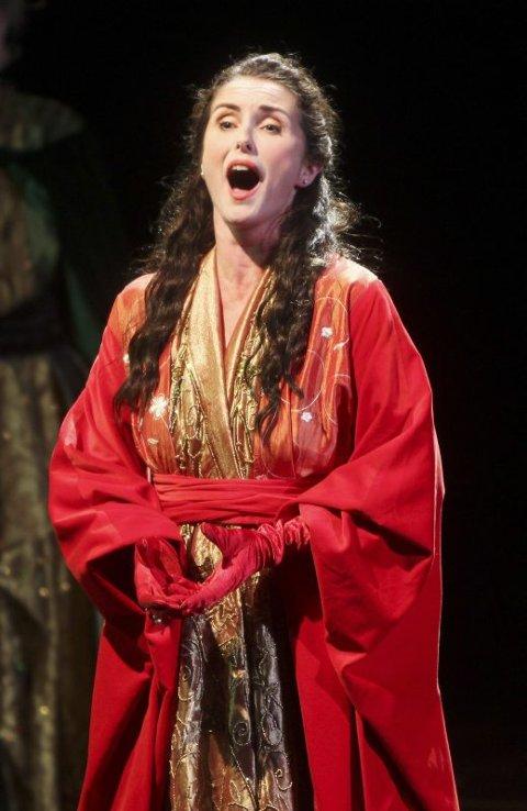 Fru Querini. Hildegunn Pettersen hadde selv en vesentlig rolle i operaen hun gjorde så mye for å få til, som kona til Pietro Querini, som ventet hjemme i Venezia.   Foto: Helge Grønmo