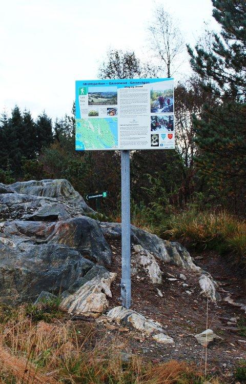 FIN LØYPE: Bak kunstgrasbana på Austrheim går løypa til Gasseneset og Gassevågen.