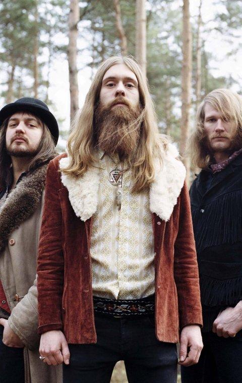 BUKTAKLARE: Det tyske tungrockbandet Kadavar klare for Bukta 2013.