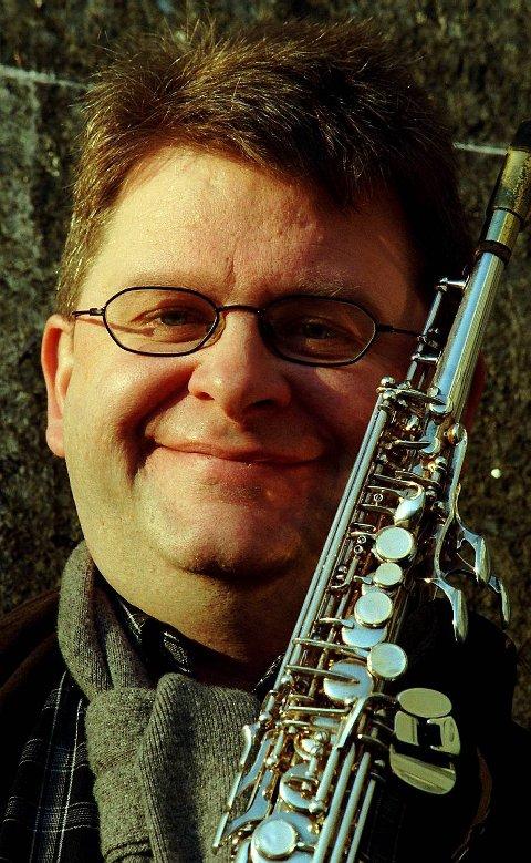Olav Dale og saksfonen i 1997, slik hele Bergen kjenner ham.