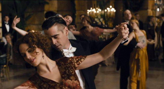 I tidsspranget fra 1895 til 1920-tallet til vår tid forteller film pompøst om kjærlighetens legende kraft.