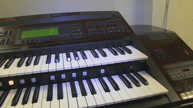Hør ett av verdens dyreste el-orgler