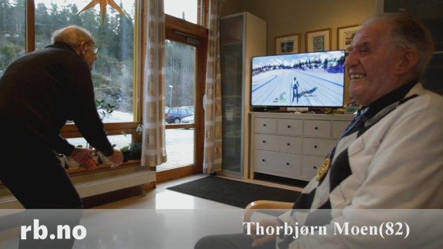 Thorbjørn (82) kjører slalom på stuegulvet